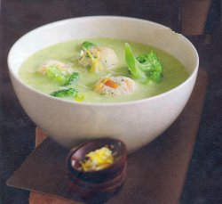 Broccoli Soup With Cheese Balls